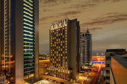Dubai 7's at Rove Dubai Marina ★★★