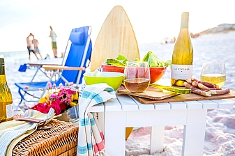 4 Day Vacation Getaway to Mombasa Beach Hotel