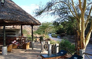Travel Offer to Man-Eaters Lodge