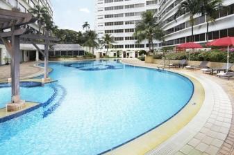 Vacation at Furama Riverfront Singapore: 4 Days