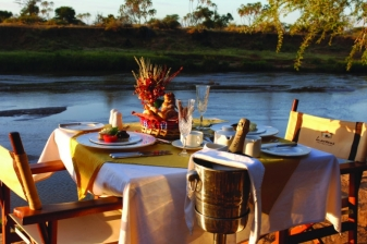Luxury Safari to Larsens Camp