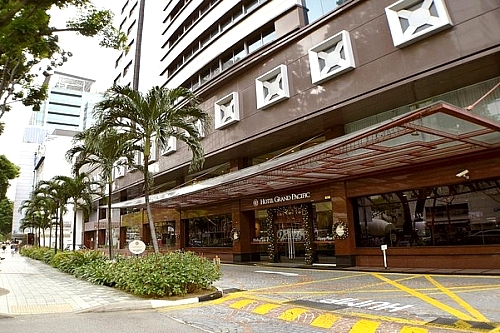Vacation at Hotel Grand Pacific Singapore: 4 Days
