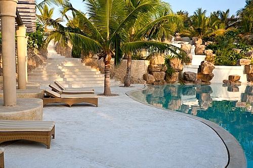 3 Day Flight Package to Swahili Beach Resort