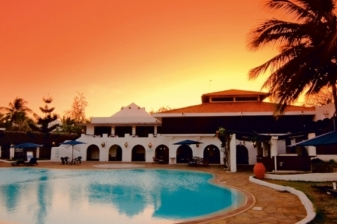 3 Nights Flying Package to Jacaranda Indian Ocean Beach Resort