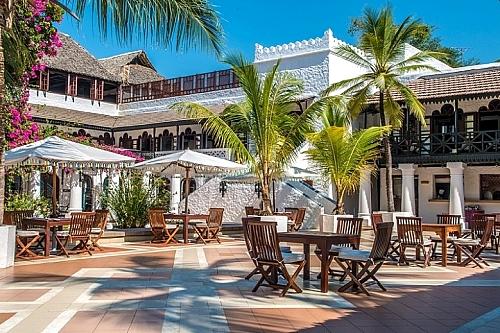 3 Nights Luxury package to Serena Beach Resort