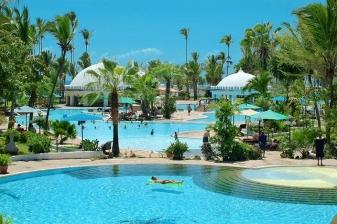 4 Days Getaway at Southern Palms Beach Resort