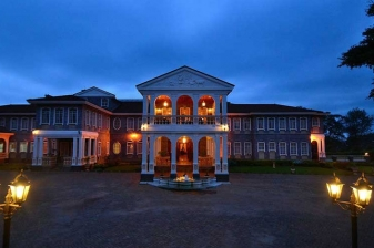 Luxury Accommodation at Sovereign Suites