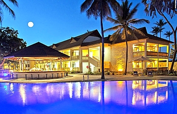Travel Offer to Amani Tiwi Beach Resort