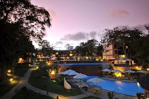 4 Days at Baobab Beach Resort & Spa
