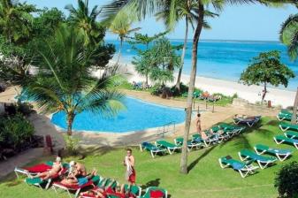 5 Days Getaway to Baobab Beach Resort & Spa