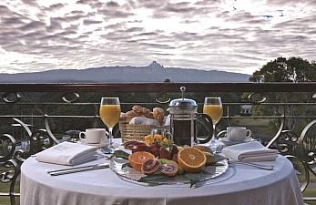 3 Days Luxury Accommodation at Fairmont Mount Kenya Safari Club