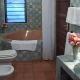 Temple point bathroom